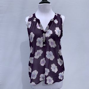Old Navy Flowered Sheer Top Size XS